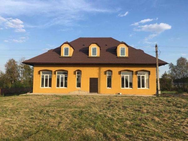 Продается трехэтажное здание в 62 км от Москвы